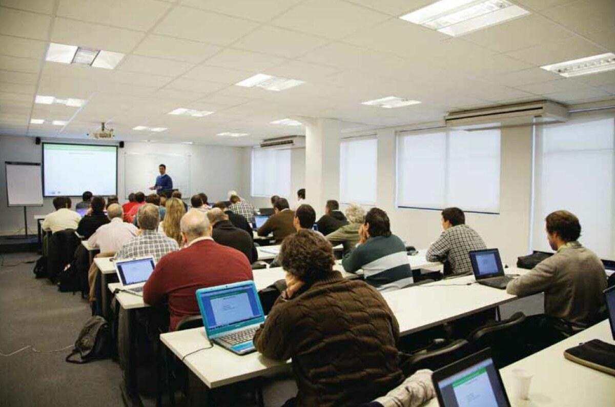 """Asinmet invita al """"Seminario Industria 4.0"""""""