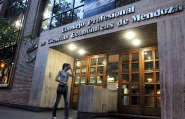 La UIM se suma al reclamo contra el incremento de aranceles de los contadores